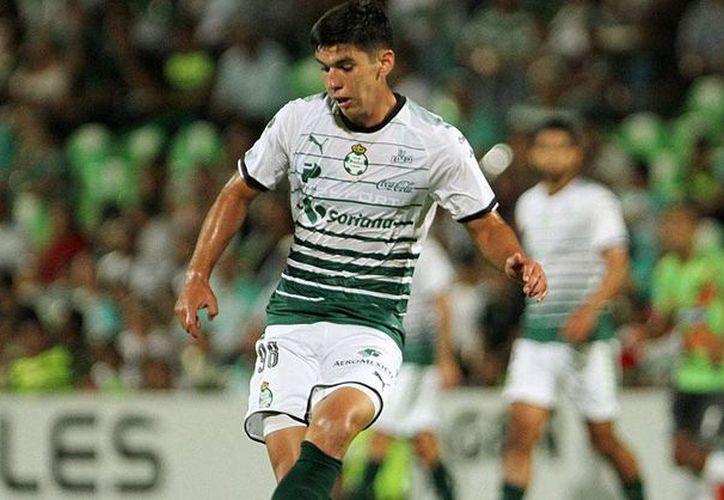 Santos Laguna informó a través de un comunicado de prensa que Jesús Angulo será operado este sábado. (Vanguardia MX)