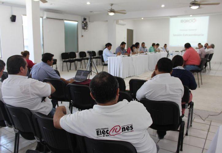 El consejo General del INE sancionó al Partido Revolucionario Institucional con un monto de 323 mil 700 pesos. (Joel Zamora/SIPSE)