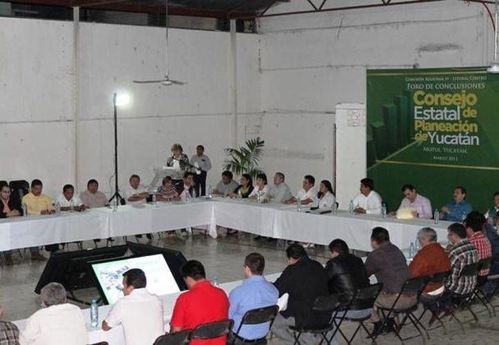 Aspecto del foro realizado en Motul. (SIPSE)