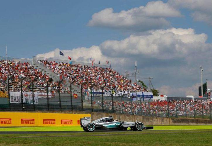 El Calendario 2016 de la Fórmula 1 prevé adelantar dos semanas el campeonato. La imagen es únicamente ilustrativa. (AP/Archivo)