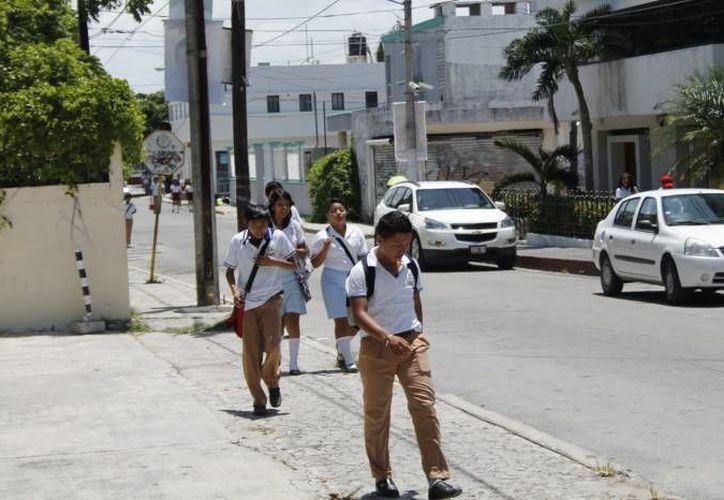 La matrícula actual en el nivel de secundaria es de 85 mil 213 estudiantes.  (Jesús Tijerina/SIPSE)
