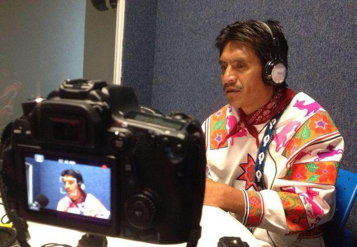 Cualquier persona que hable español o inglés podrá aprender la lengua indígena wixárika desde cualquier lugar del mundo, ayudado por quienes hablan ese lenguaje, gracias a un diccionario en línea que ha sido creado en México por un grupo de expertos. (EFE)