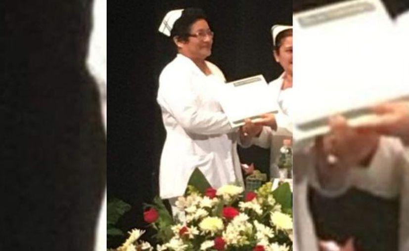 La hoy difunta llevaba varios años como jefa de Enfermeras en el IMSS y de acuerdo con sus compañeros, estaba por jubilarse. (Novedades Yucatán)