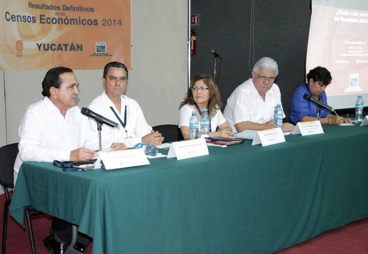 Funcionarios y dirigentes empresariales dieron a conocer datos económicos de los primeros 5 meses en Yucatán. (SIPSE)