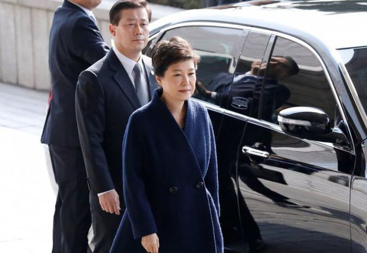 La ex presidenta de Corea pidió disculpas, pero sigue negando acusaciones en su contra. (asiancorrespondent.com)