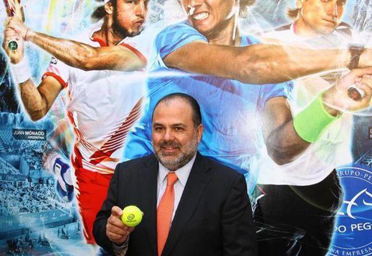 El director del Abierto Mexicano de Tenis, Raúl Zurutuza, en la presentación del torneo. (Notimex)