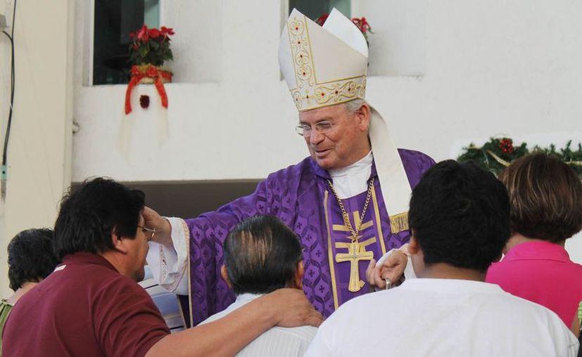 Pedro Pablo Elizondo Cárdenas, obispo prelado de Cancún Chetumal, espera que sea aplicada la justicia como debe. (Jesús Tijerina/SIPSE)