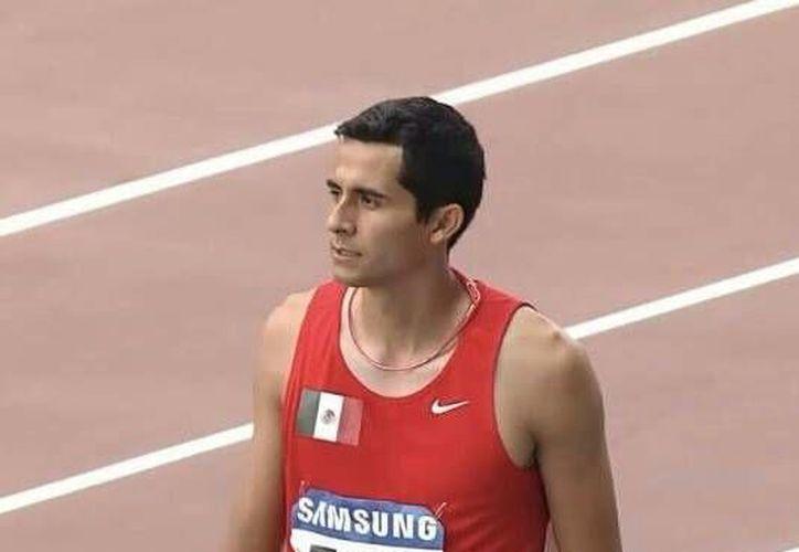 El el atleta chetumaleño, Alberto Álvarez Muñoz lamentó los actos de corrupción destapados en la Federación Mexicana de Atletismo. (Miguel Maldonado/SIPSE)