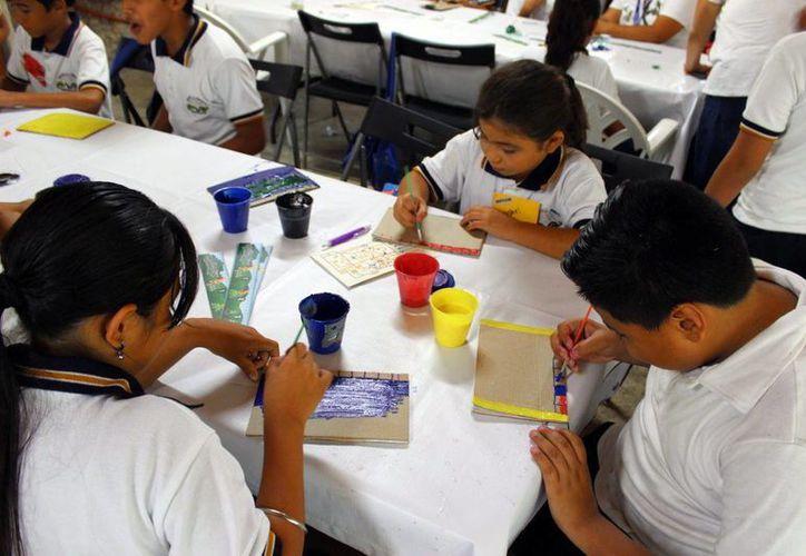 El CICY también crea conciencia en niños de primaria. (Milenio Novedades)