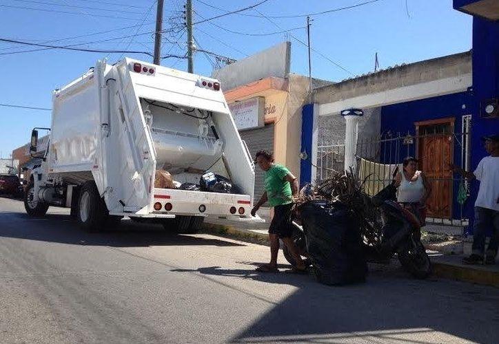 Durante días de asueto, el Ayuntamiento recomienda a los hogares esperar para sacar la basura, hasta el siguiente día de recolección programada. (Foto: Milenio Novedades)