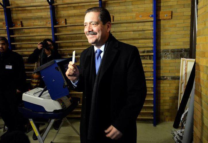 Jesús García se enfrentará al actual alcalde de Chicago, Rahm Emanuel, en una segunda ronda electoral. (Archivo/AP)