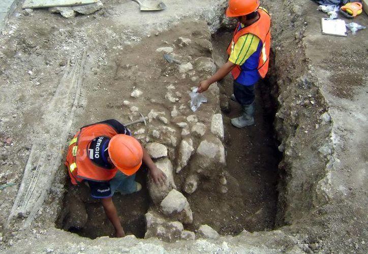 Se encontraron osamentas humanas de la época prehispánica en Mérida. (Milenio Novedades)