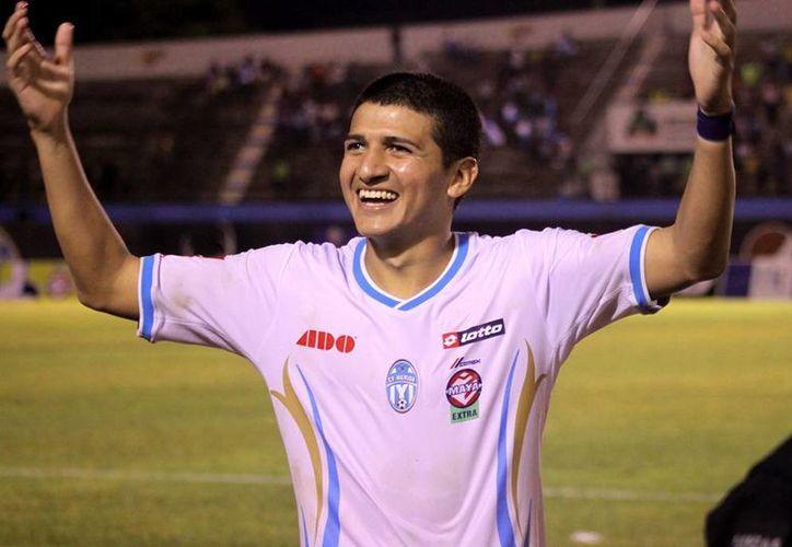 El mediocampista yucateco Eduardo Fernández Aldana tiene 23 años. (SIPSE)