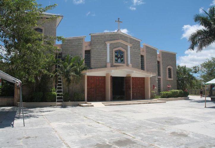 La campana de la iglesia Sagrado Corazón de Jesús fue hurtada el jueves pasado.  Hasta el sábado no había una denuncia por dicho robo.  (Julian Miranda/SIPSE)