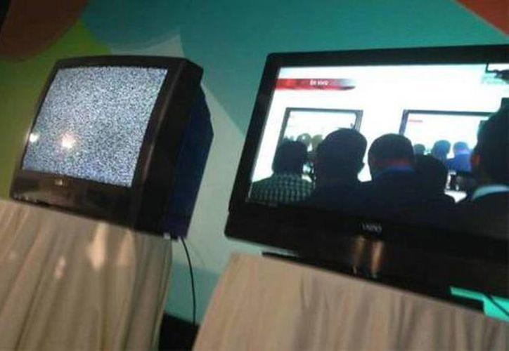 14 estaciones que operan en esa zona del país dieron paso al formato digital, en una acción exitosa. (Archivo/SIPSE)
