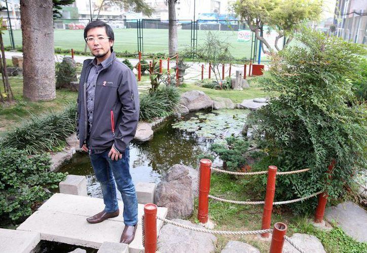 El científico peruano Marino Morikawa desarrolló un método de limpieza del agua sin utilizar químicos. (EFE)