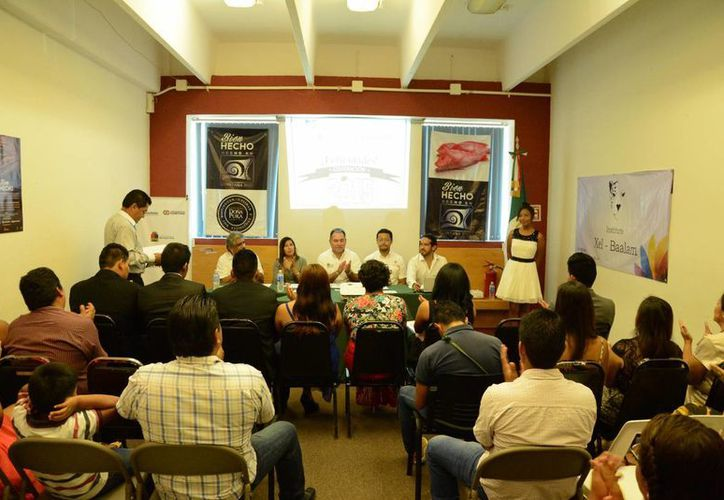 Exposición de proyectos por parte de los estudiantes. (Victoria González/SIPSE)