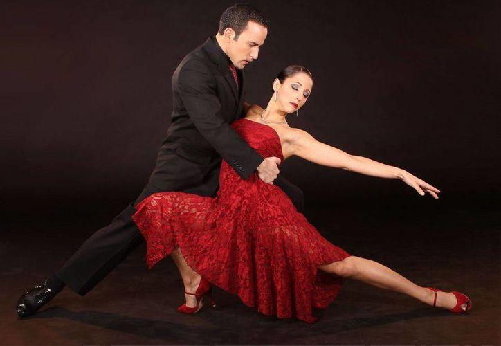Grupos de tango darán muestra del baile argentino, durante la noche. (Foto de Contexto/Internet)