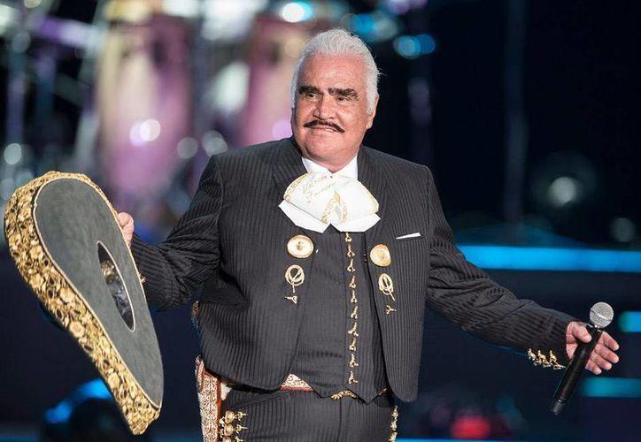 La astróloga Deseret Tavares  detalló en un programa de televisión, que Vicente Fernández morirá víctima de cáncer. (Archivo/Notimex)