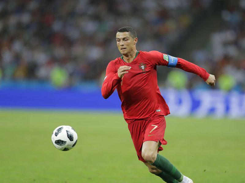 A falta de que algunas selecciones debuten en Rusia 2018., Cristiano Ronaldo es hoy el máximo rompe redes, con su triplete ante España (Foto: AP)