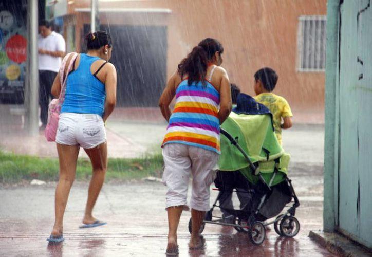 Las autoridades piden a la población tomar previsiones antes el pronóstico de intensas lluvias desde hoy miércoles. (Archivo)