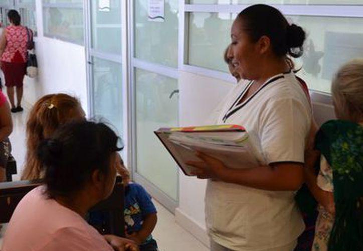 El objetivo es buscar los canales de comunicación óptimos entre el médico y los pacientes. (Gerardo Amaro/SIPSE)