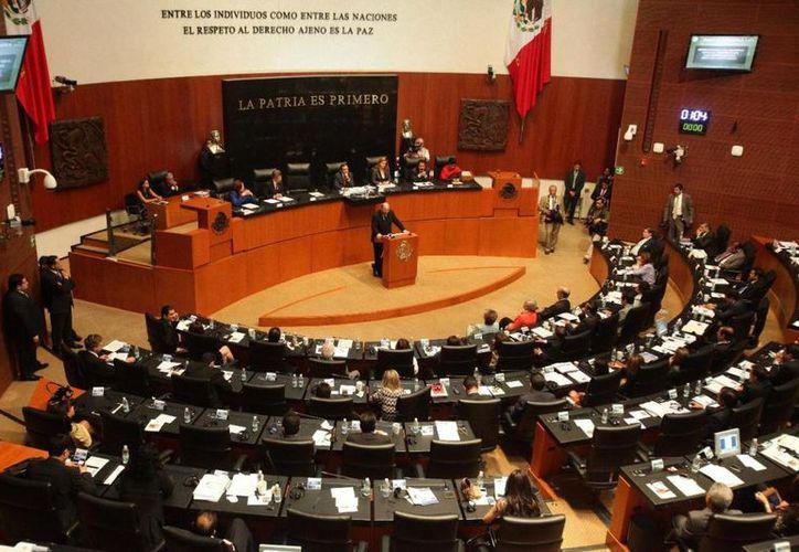 El Senado destina un millón 289 mil 540.64 pesos al año, en pago a peluqueros. (Foto: Contexto)