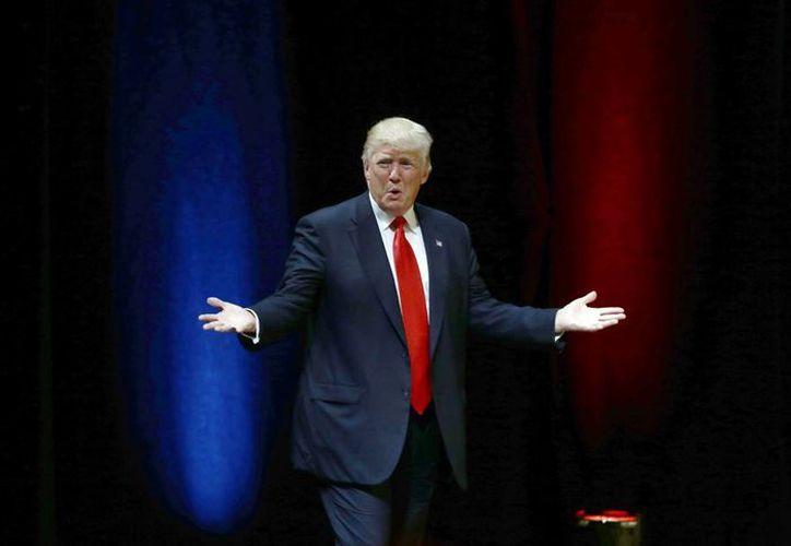 Las declaraciones de Trump sobre política exterior han generado polémicas incluso en el Partido Republicano, que se apresta a consagrarlo como su candidato a la presidencia de EU. (Agencias)