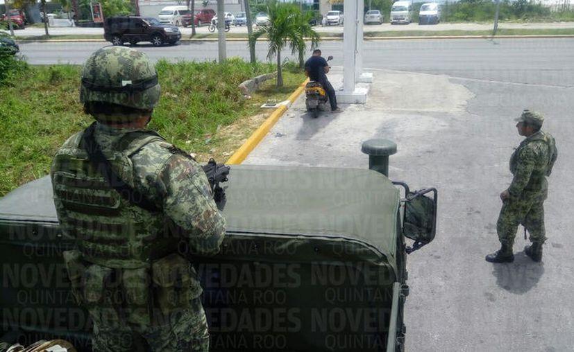 Aunque no se está en alerta roja, prevén el cuidar a la población del estado, de cualquier tipo de atentado. (Foto: Joel Zamora/SIPSE).