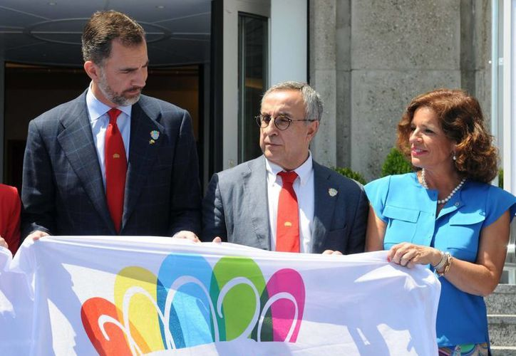 El príncipe Felipe, la alcaldesa de Madrid, Ana Botella y otras autoridades viajaron a Lausana en busca de los JO2020. (madrid.es)
