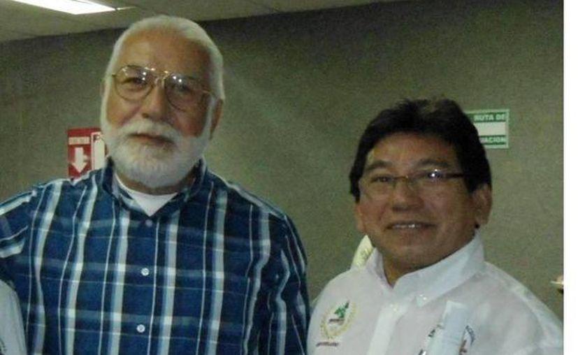 Carlos Segura Dorantes (izq) fue electo dirigente de la nueva sección. (Milenio Novedades)