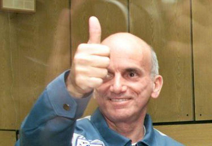 Dennis Tito se convirtió en el primer turista espacial en visitar la Estación Espacial Internacional en 2001. (EFE)