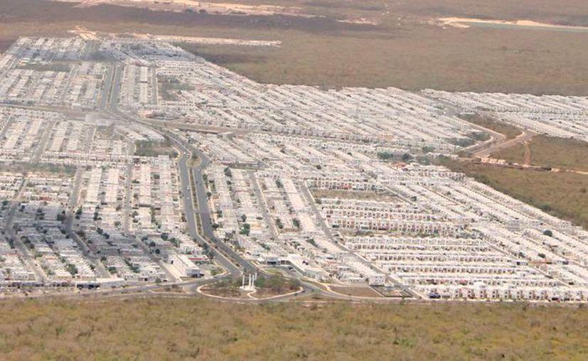 El crecimiento acelerado, con la construcción de más asentamientos urbanos, propicia mayor calor. (Daniel Sandoval/Novedades Yucatán)