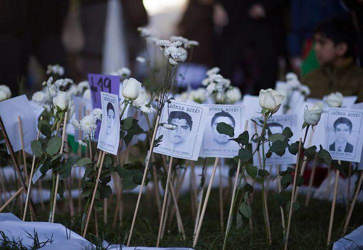 En México hay 27 mil 659 personas desaparecidas, extraviadas o no localizadas, de las cuales 989 corresponden al fuero federal y 26 mil 670 al común. (proceso.com.mx)