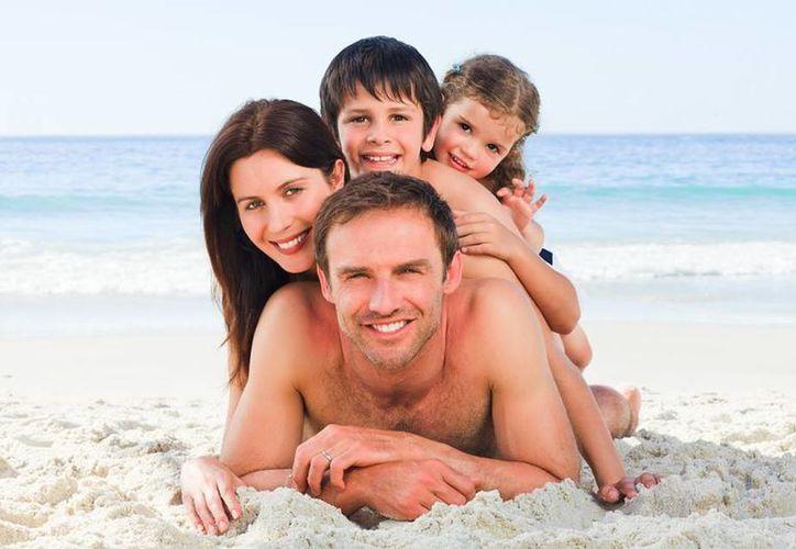 Si viajas con familia o amigos, una opción es rentar una casa, departamento, cabaña o villa, pues resultan mucho más baratas que los hoteles. (Agencias)