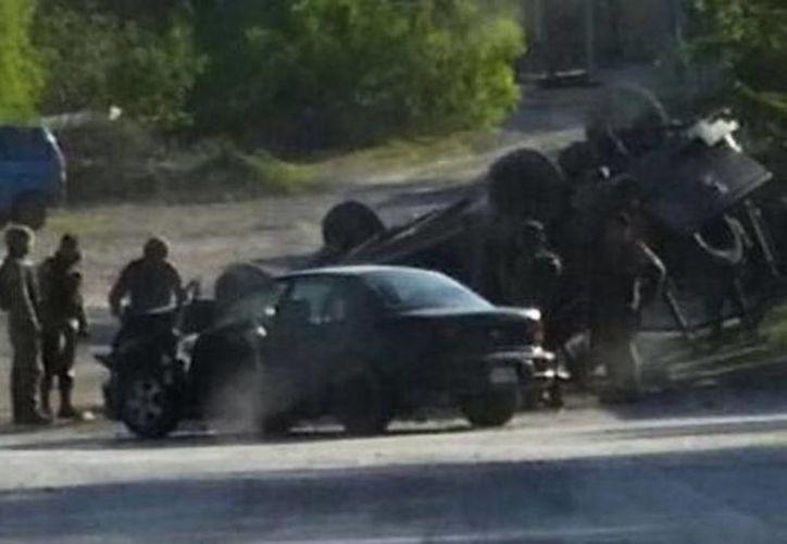 Este domingo, fuerzas Federales se enfrentaron contra presuntos integrantes del cártel del Golfo, en Reynosa, Tamaulipas, durante un operativo para detener al jefe de plaza de ese grupo criminal, Juan Manuel Loza Salinas. (Vía Twitter)