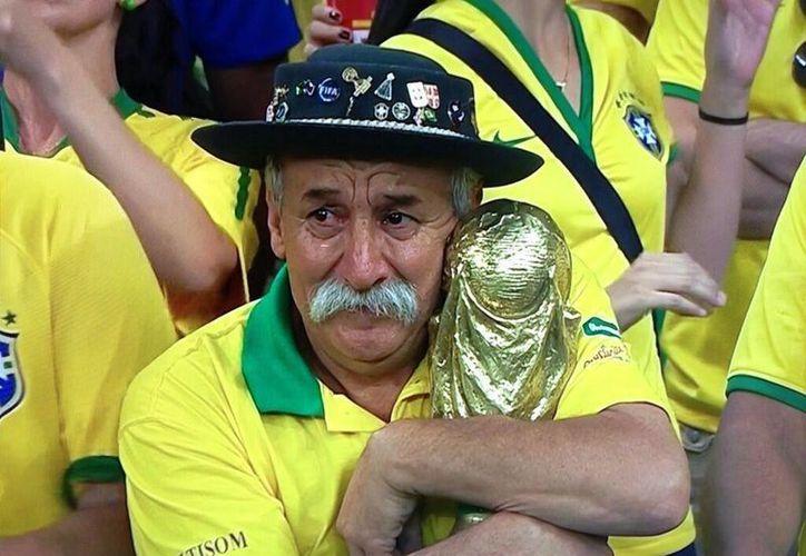 Clovis Fernandes, uno de los máximos seguidores de la Selección Brasileña, ha muerto de cáncer. (aberfield.com)