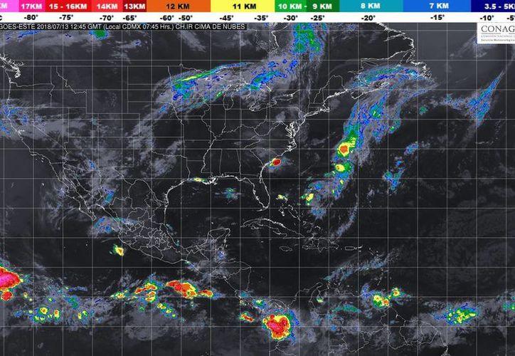 Para la Península de Yucatán se espera cielo medio nublado y ambiente muy caluroso. (SMN)