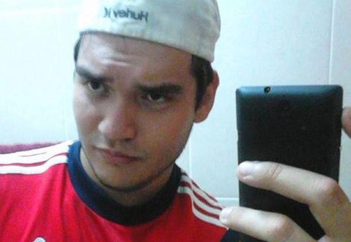 Omar Daniel Mexia Acosta cerró su cuenta de Facebook después que se volvió viral su ofrecimiento: un boleto para el clásico tapatío por atlista picado. (Facebook/Milenio)