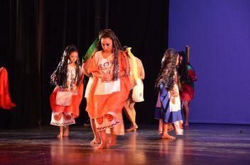 Mestizo: danza, historia y tradiciones