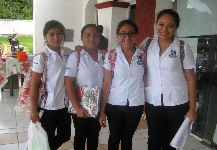 Varios de los egresados de la Politécnica de Bacalar tienen que emigrar hacia la zona norte para ser empleados. (Javier Ortiz/SIPSE)