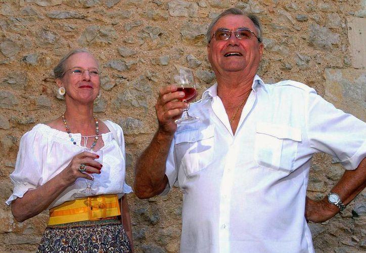 La reina Margarita II de Dinamarca y su esposo Henrik visitaron México en 2008, cuando el país era gobernado por Felipe Calderón. Pudieron visitar algunos lugares del estado natal del entonces Presidente. (Archivo/AP)