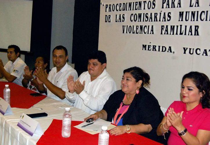La directora de Equidad y Género del Estado, Rosario Cetina (c). (SIPSE)