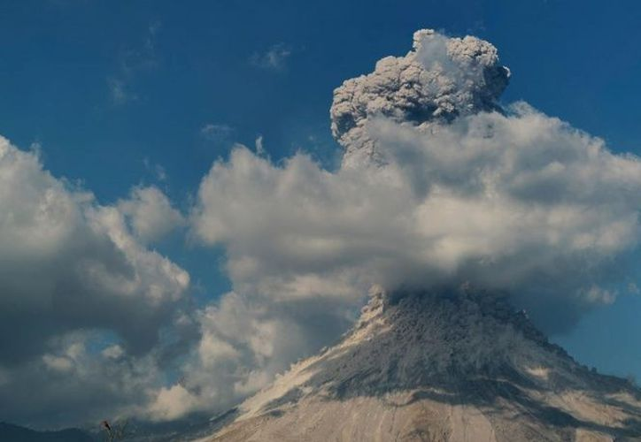 El volcán tiene una elevación de 3,860 metros sobre el nivel del mar. (Cuartoscuro)