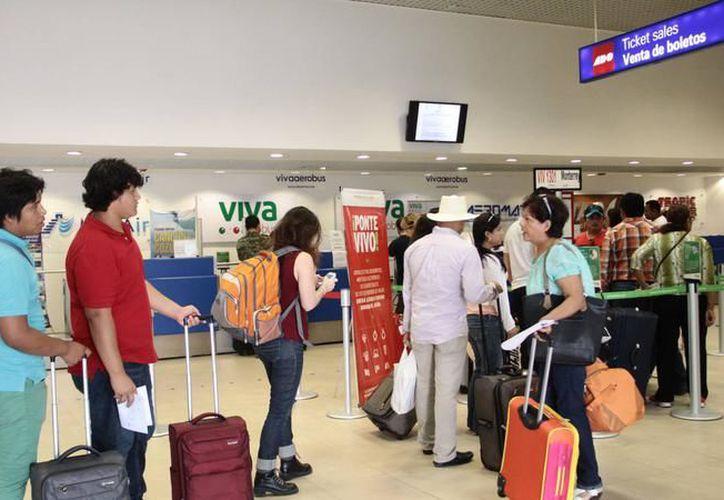 La terminal aún continúa en temporada alta por lo que se han implementado medidas de seguridad extraordinarias.  (Archivo SIPSE)