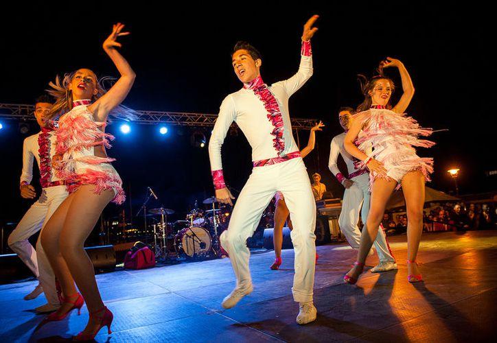 Se podrá apreciar de forma gratuita bailes de los ritmos bachata, merengue, mambo, entre otros.  (Foto: Contexto/Internet).