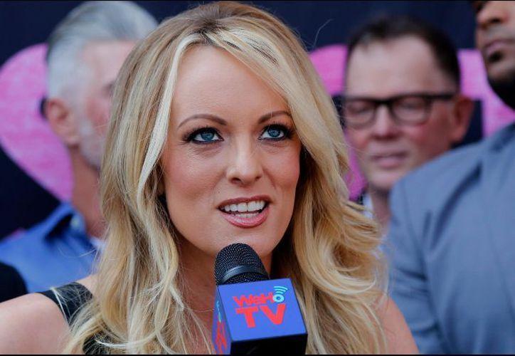 Stormy Daniels afirma que el presidente Trump tuvo relaciones con ella. (AFP)