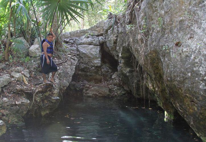 El Ayuntamiento proyecta regular los cenotes el próximo año. (Adrián Barreto/SIPSE)
