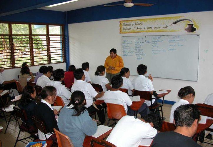 En esta semana inician las verificaciones en las instituciones por el   Inegi. (Manuel Salazar/SIPSE)