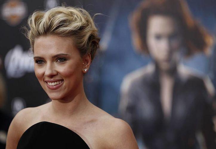 El titular del departamento legal de la editorial asegura que la novela dice cosas buenas sobre Scarlett. (Agencias)